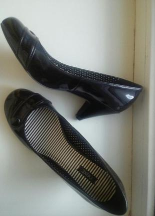 Черные туфли лодочки next