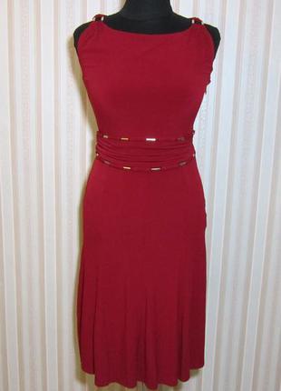 Платье цвет бордо