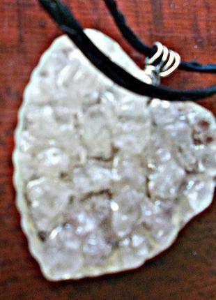 Кристальное сердце кулон со шнуром.