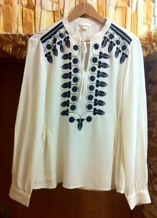 Вышиванка. нарядная офисная блуза с вышивкой. 100% вискоза. размеры s, m.