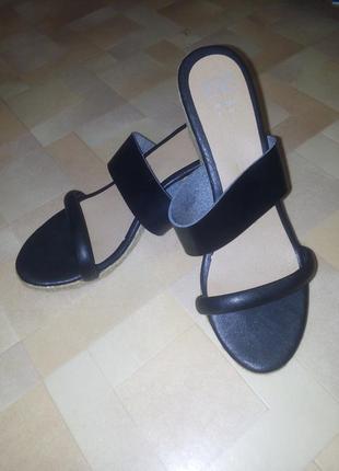 Супер лёгкие сандали