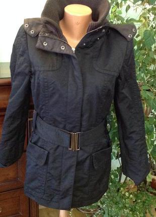 Шикарная чёрная курточка с капюшоном/l/ brend zara