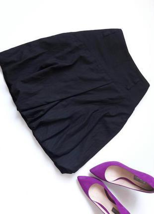 Черная юбка тюльпан.
