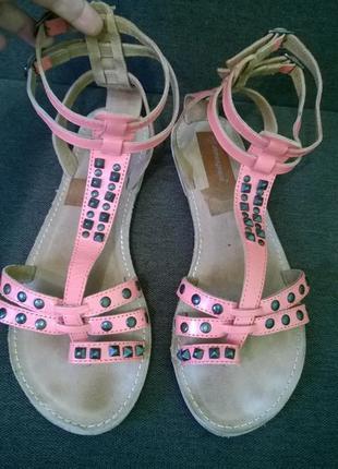 Стильные сандали,босоножки.