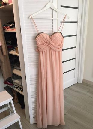 Платье нарядное вечернее персиковое