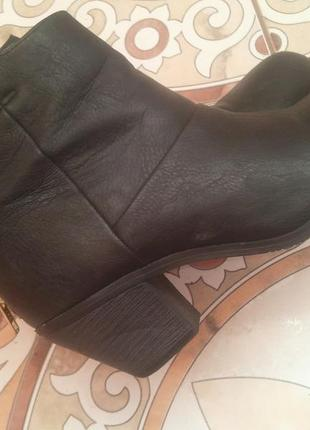 Шкіряні черевики,ботинки,ботильйони