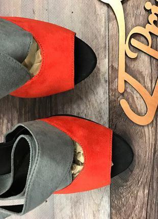 Красивые босоножки в стиле колор-блок из бархатистой фактуры     sh0113    new look2