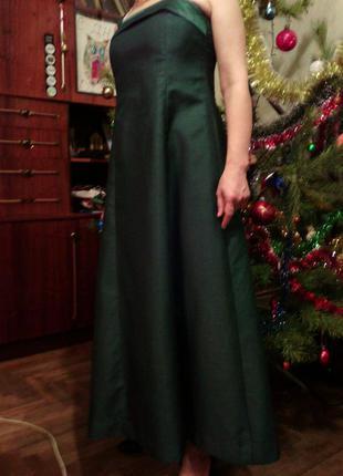 Платье темно зеленое изумрудное вечернее