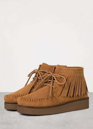 Ботиночки натуральная замша bershka
