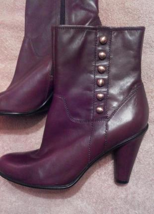 Ecco. новые!! кожаные/ 100% натуральная кожа сапоги/ ботинки/ полуботинки, оригинал, осенние, р. 41.