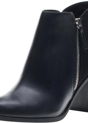 Демисезонные ботинки bershka 36 р.