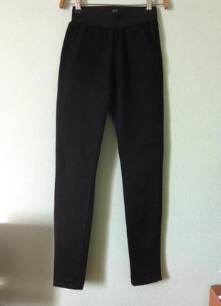 Стильные новые черные джеггинсы джинсы