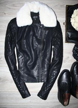 Невероятная куртка( кожзам) от topshop