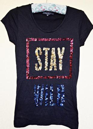 Крутая футболочка с принтом из паеток, очень красиво сделано, фирмы seven sisters london