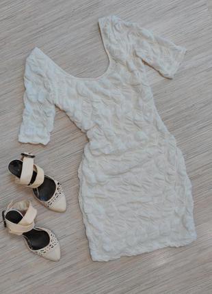 Платье кружевное bershka