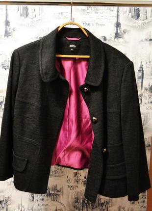 Пиджак  размера 4xl