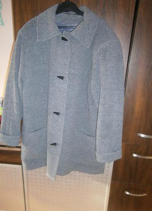 Шерстяное пальто 52-56 размер англия