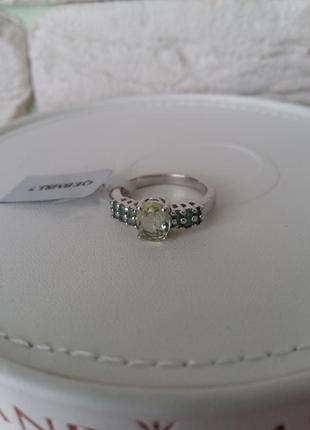 Серебряное кольцо с силиманитом и олександритами