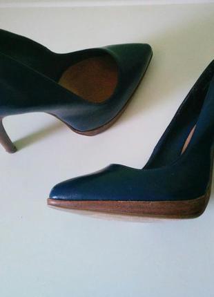 Шикарные туфли-лодочки