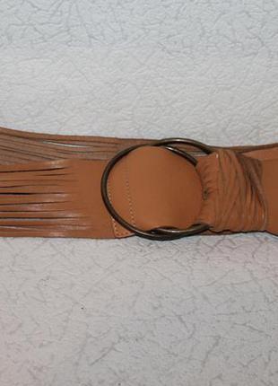 Кожаный пояс с необычным дизайном от next,цвет camel