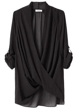 Черная рубашка (блуза) с перекрестной драпировкой