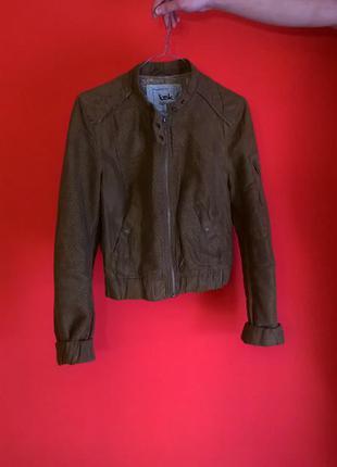 Куртка от bershka