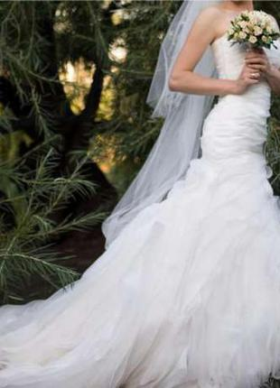 Обворожительное свадебное платье-рыбка v. wang