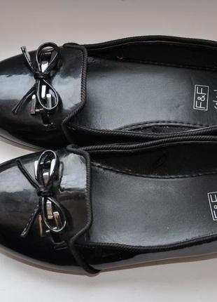 Лаковые туфли f&f school