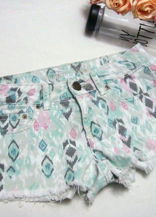 Красивые короткие джинсовые шорты с-м american eagle