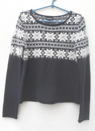 Шерстяной 24%  с ангорой 9% теплый свитер свитшот