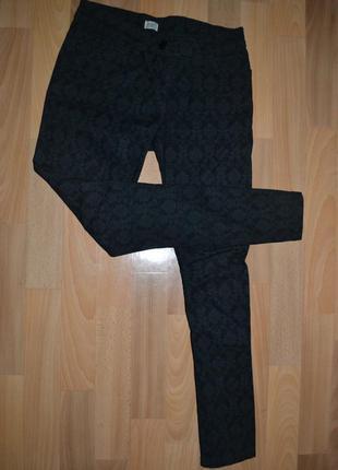 Штаны джинсы f&f с принтом