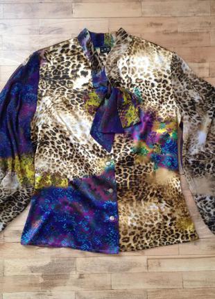Яркая блузка в леопардовый принт vilonna