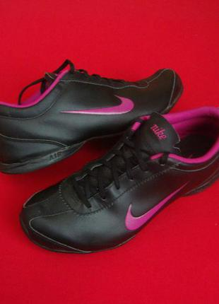 .кроссовки nike black violet оригинал 39-40 размер