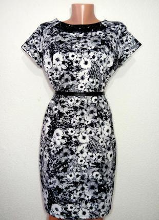 Платье неопреновое с украшением  р 14 etite