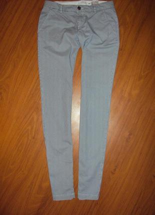 Стильные штаны в полоску от h&m