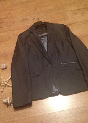 Стильный пиджак серый цвет классика бренд   f&f / l