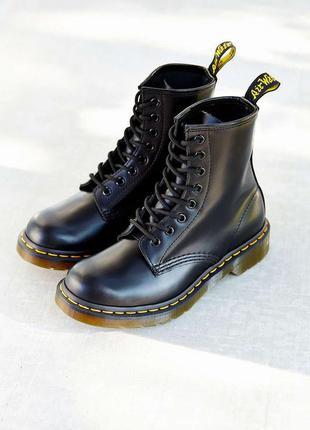 Ботинки dr martens оригинал черные кожа натуральная базовая обувь