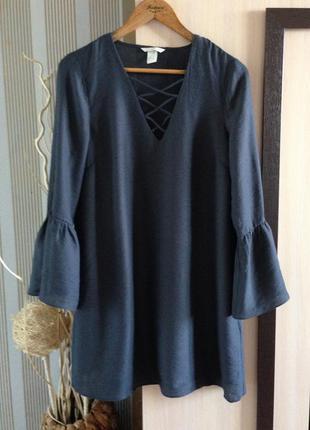 Крутое платье h&m свободного кроя со шнуровкой