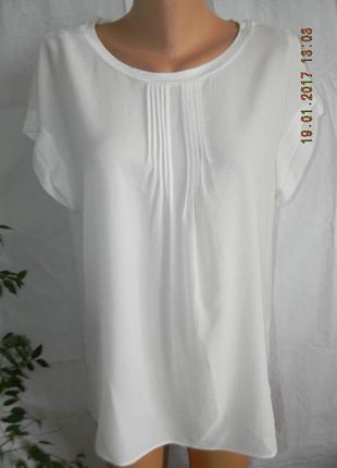 Белая фактурная блуза