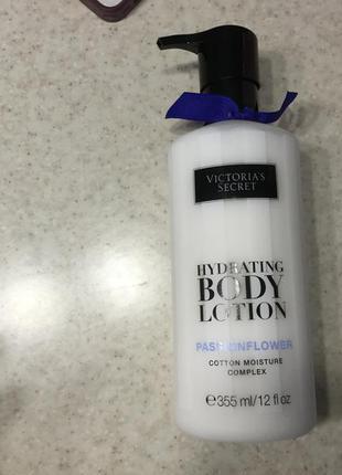 Лосьйон для тіла victoria secret