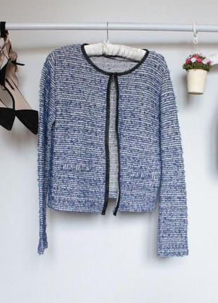Стильный пиджак травка с длинным рукавом и кожаными вставками
