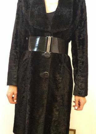 Класичне осіннє пальто