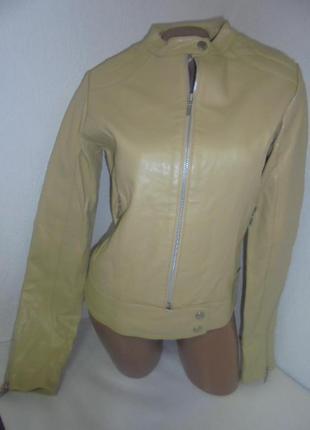Кожаная куртка billabong раз. м (42-44)