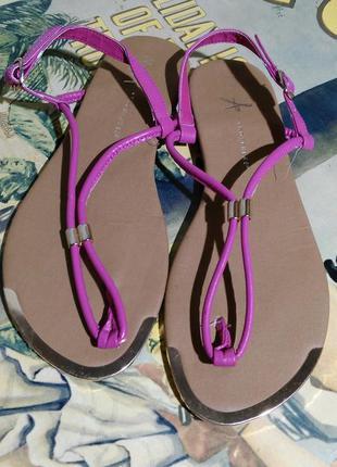 Шлепки вьетнамки сандали