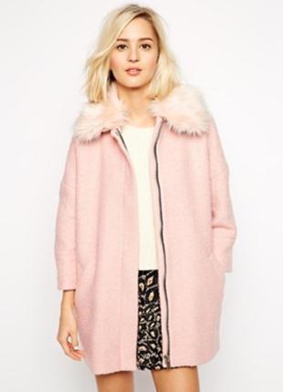 Трендовое нежно-розовое теплое пальто oversize  шерстяное  букле весеннее осеннее