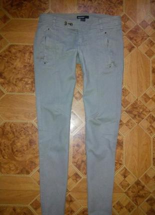 Стильные штаны mango. размер 34 (с)