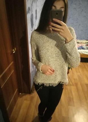 Милый свитерок с бахромой снизу