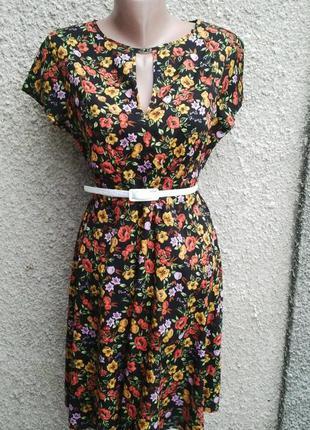 Легкое платье с замочком(застежкой)по спинке, в цветочный принт, new look