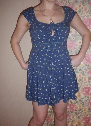 Гарненьке платтячко від зара в маленьку крапку і квіточку