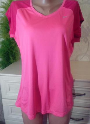 Спортивная  розовая футболка nike размер xl